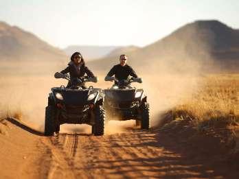 Hurghada: Quad-Safari, Beduinendorf & Grillfest