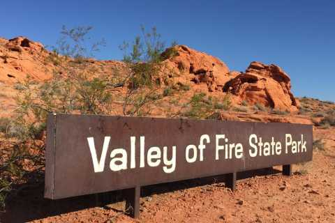 Nevada: German Guided Valley of Fire Tour