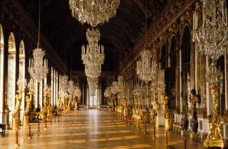 Versailles: Tagestour ohne Anstehen & Transfer ab Paris