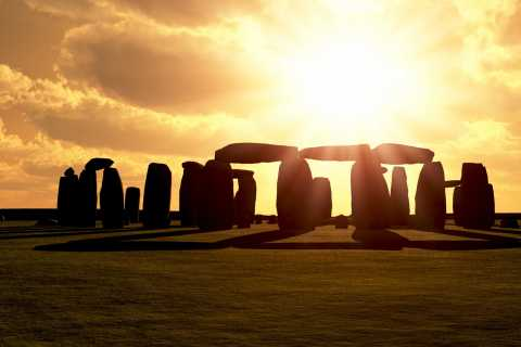 Stonehenge Special Access - Evening Tour from London