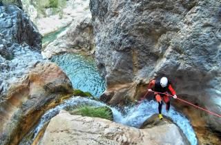 Ab Granada: Canyoning am Rio Verde