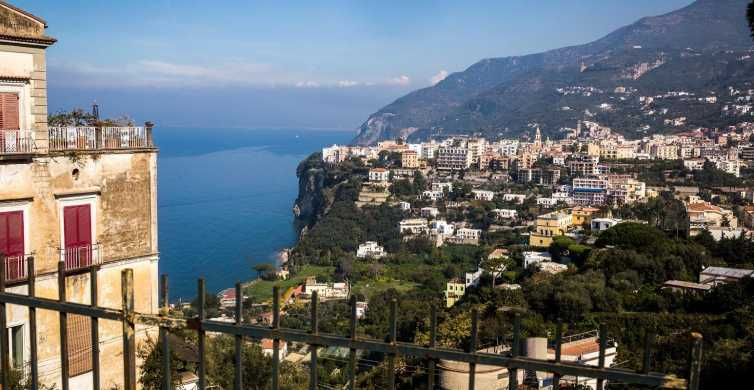 From Rome: Pompeii and Sorrento VIP Full-Day Guided Tour