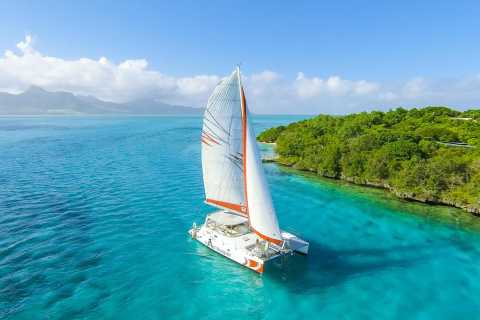 Private Catamaran Charter to Ile aux Cerfs
