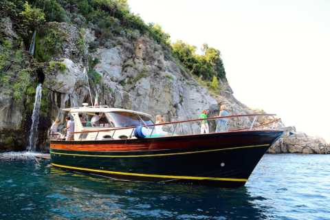 Sorrento and Amalfi Coast Small Group Tour by Boat