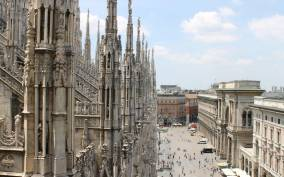 2–Hour Guided Milan Duomo Tour & Terrace Access