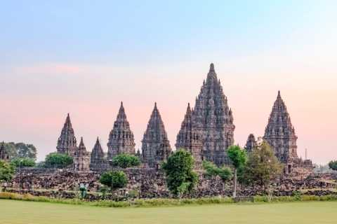 Yogyakarta: Prambanan Temple Sunset Tour