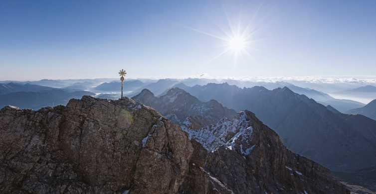 Zugspitze: Tagestour zu Deutschlands höchstem Gipfel