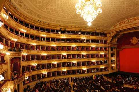 Milan: Central City and Teatro alla Scala Tour