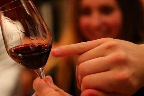 Parisian Deluxe Wine Tasting Experience