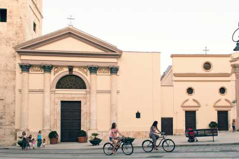 Cagliari: 2-Hour Sightseeing Bike Tour