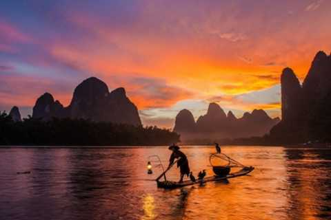 Yangshuo Cormorant Fishing and Xingping Ancient Town Tour