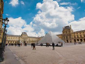 Paris: Kleingruppen-Tour zu den Highlights des Louvre