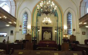 Budapest: Jewish Life in 2020 Private Tour with Lunch