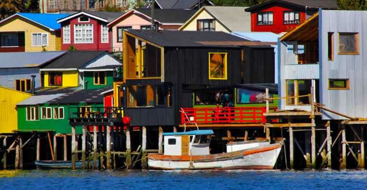 Chiloé: Island Tour with Castro and Dalcahue from Puerto