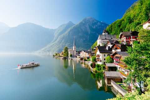 From Vienna: Full Day Trip to Hallstatt and Salzkammergut