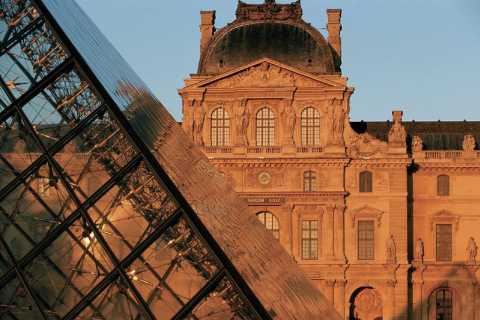 Paris: Guided Visit of the Louvre Museum