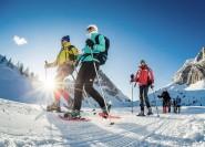 Aus Bozen: Schneeschuhwandern in den Dolomiten
