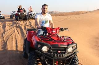 Ab Dubai: Morgendliche Wüstensafari mit Quad-Fahrt