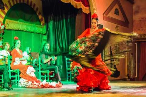 Sevilla: show de flamenco de 3 h y tour nocturno en autobús