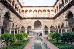 Sevilha: Tour Guiado Catedral, Giralda e Alcázar c/ Ingresso