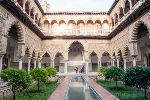 Seville: Cathedral, Giralda & Alcazar Entry With Guided Tour