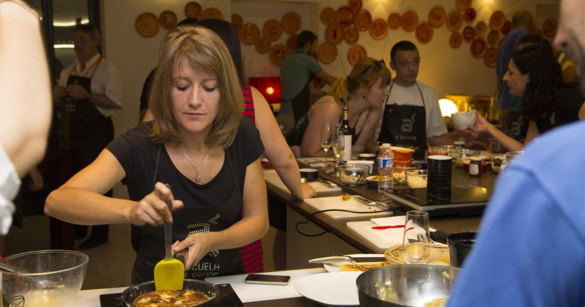 Madrid: 10 Tapas 2.5-Hour Cooking Class