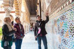 Sevilha: Tour Guiado Alcázar/Catedral e Acesso Prioritário