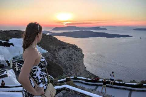 North Santorini: Private Tour with Oia Sunset & Wine Tasting