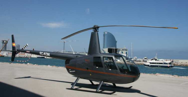 Barcelona: Kombi-Tour mit Helikopterflug und Yachtausflug