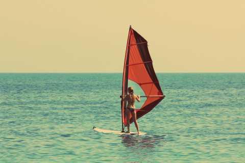 Palma de Mallorca: Windsurfing-Kurs für Anfänger