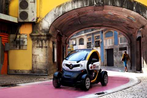 Lisbon: Downtown Self-Drive Tour in E-Car