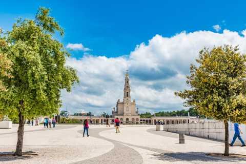 Full-Day Fatima, Batalha, Nazare and Obidos Tour