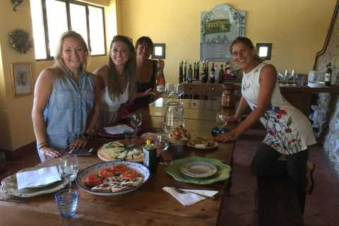 San Gimignano: Saffron and Vernaccia Tasting with Lunch