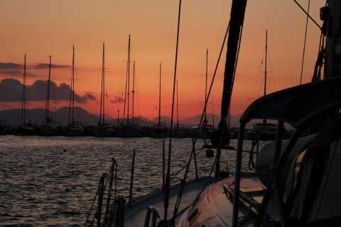 Athens Riviera: Sunset Sailing Cruise with Free Wine