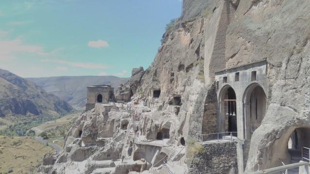 Van Tbilisi: Medieval Kingdom of Georgia - Vardzia - Rabati