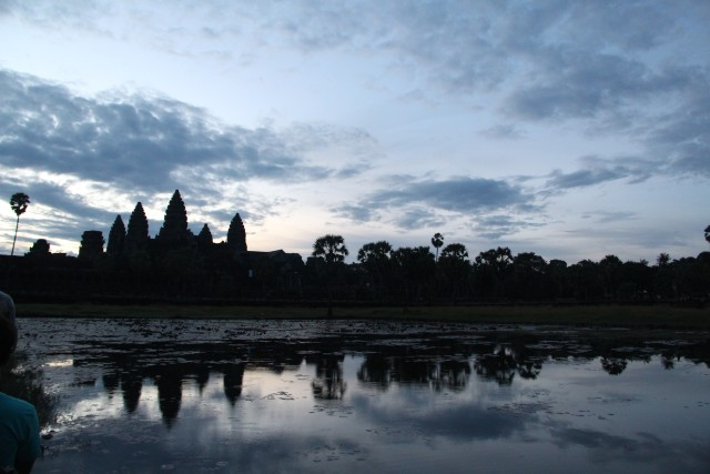 Angkor Wat Full-Day Private Tour with Sunrise