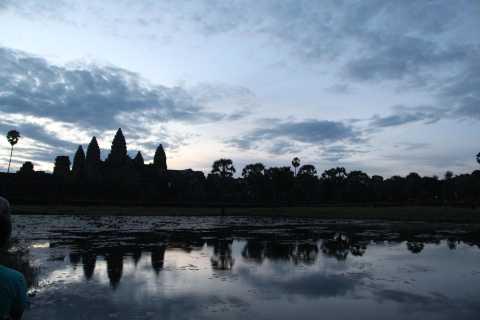 Excursão privada de dia inteiro de Angkor Wat com Sunrise