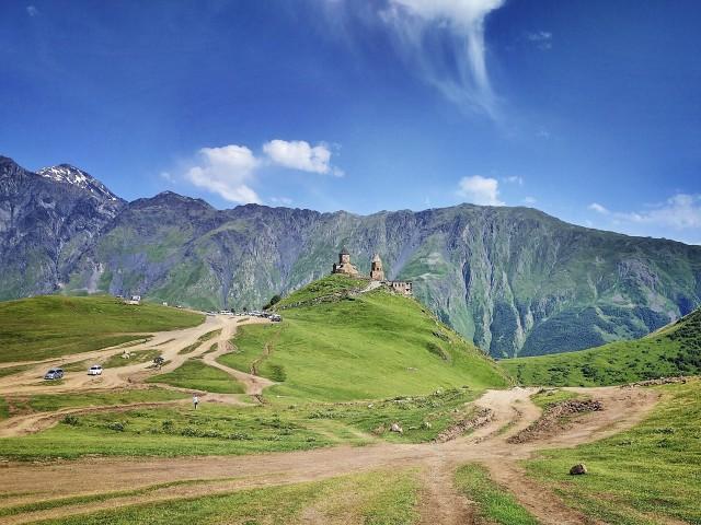 Kazbegi, Gergeti en Ananuri Mountains Privétour van een hele dag