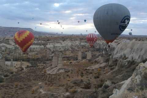 Cappadocia: Hot Air Balloon Flight at Sunrise