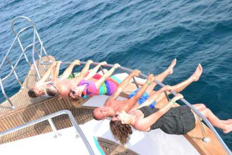 From Hurghada: Dolphin Watching Cruise and Massage