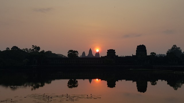 Angkor Wat Full-Day Private Tour with Sunset