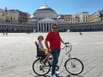Neapel: Ganztägiger E-Bike-Verleih