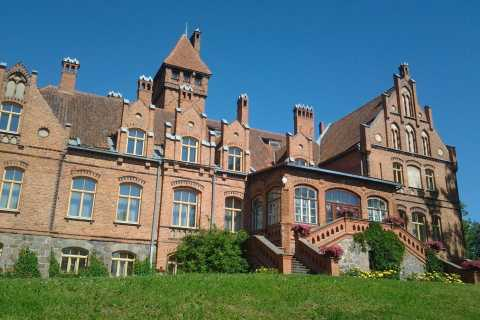 Riga: Nearby Manors and Castles Tour