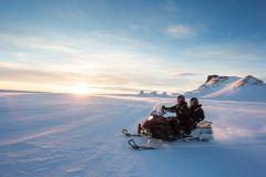 De Reykjavik: Golden Circle e Glacier Snowmobile Tour