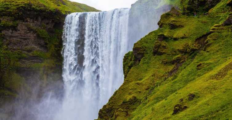 Iceland: South Coast and Northern Lights Tour