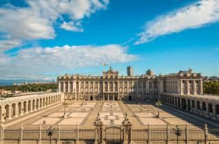 Palacio Real Madrid: Führung ohne Anstehen