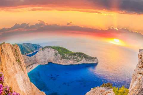 Navagio Shipwreck: Private Tour with Sunset Viewing Point