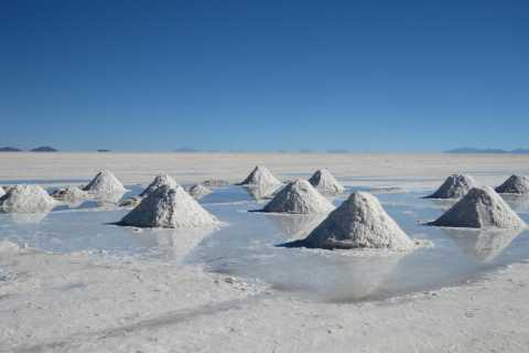 2-Day Private Tour Uyuni Salt Flats including Tunupa Volcano