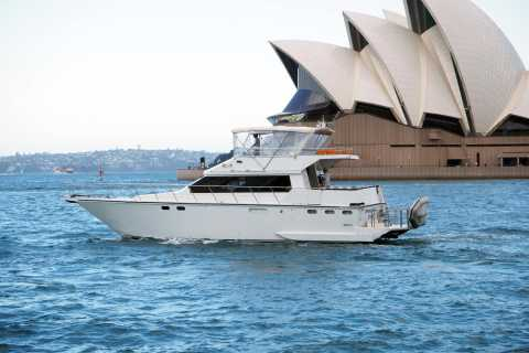 Sydney: Harbour Cruise with Gourmet BBQ Lunch, Beer and Wine