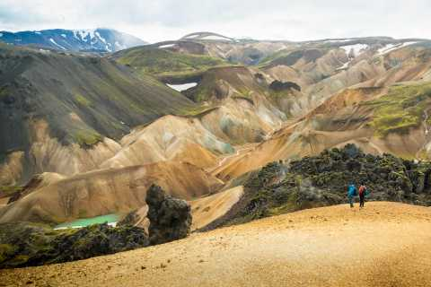 Iceland: Landmannalaugar 4-Hour Hiking Experience